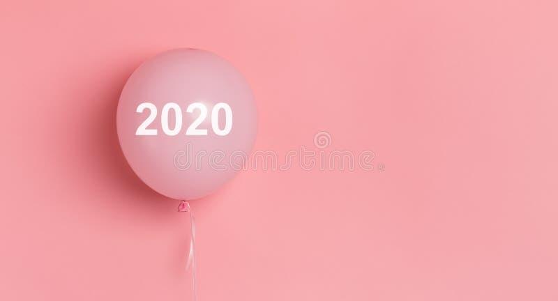 Rosa Ballon mit weißem Konzept des Textes 2020 für Anzeige lizenzfreie stockfotografie