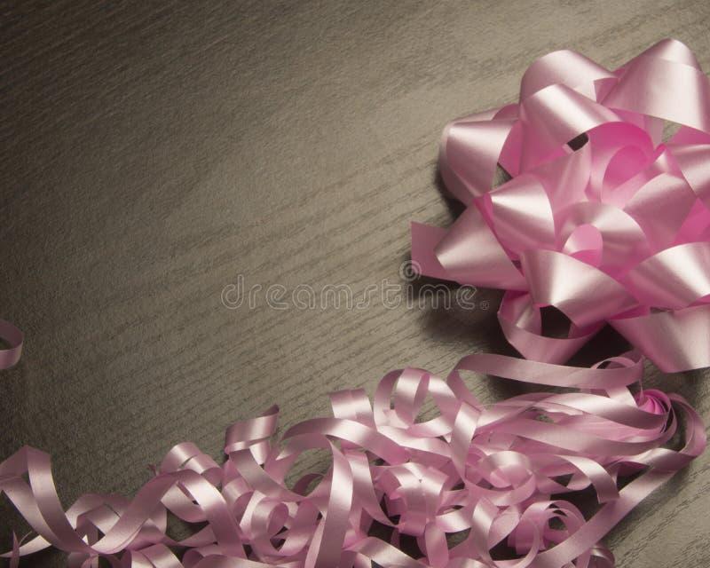 Rosa band och bow arkivfoto