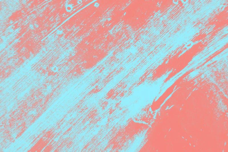 Rosa di corallo astratto e fondo blu-chiaro di struttura della spazzola di lerciume della pittura immagini stock libere da diritti