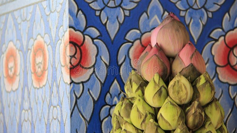 Rosa e Lotus For Buddha Worship verde imagens de stock royalty free