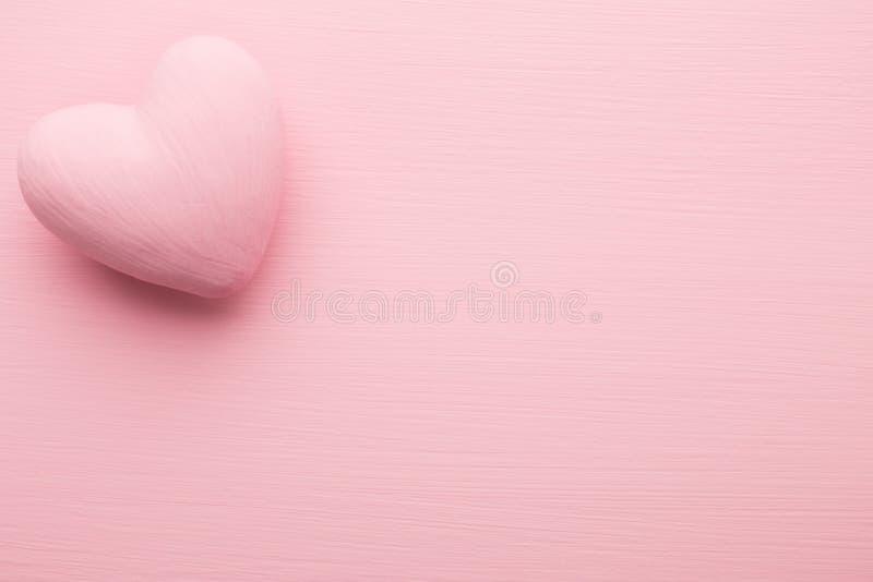 Rosa hjärta royaltyfria foton
