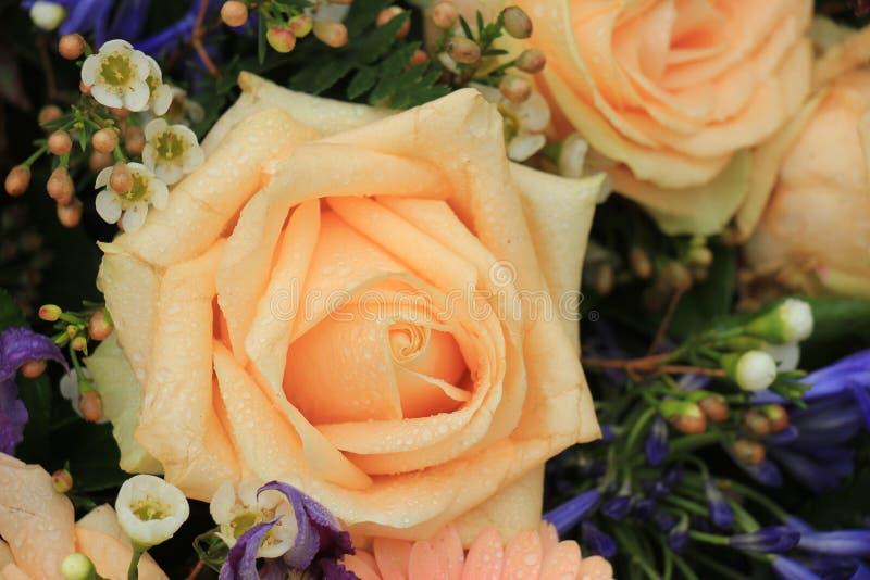 Rosa Hochzeitsblumen des Pfirsiches lizenzfreie stockfotos