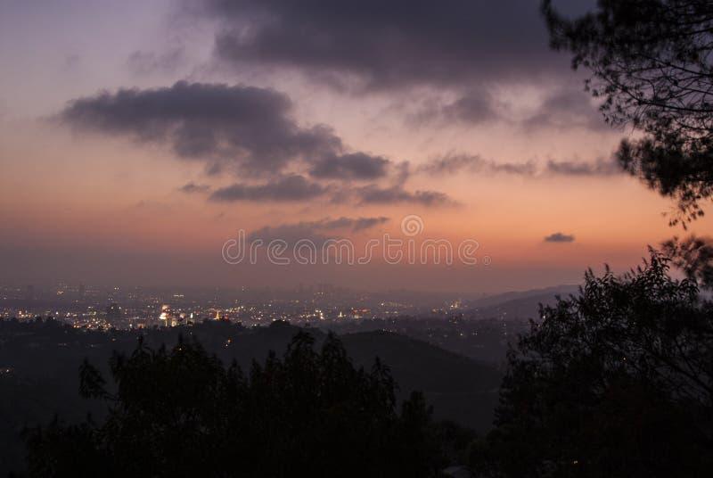 Rosa Los Angeles solnedgång arkivfoto