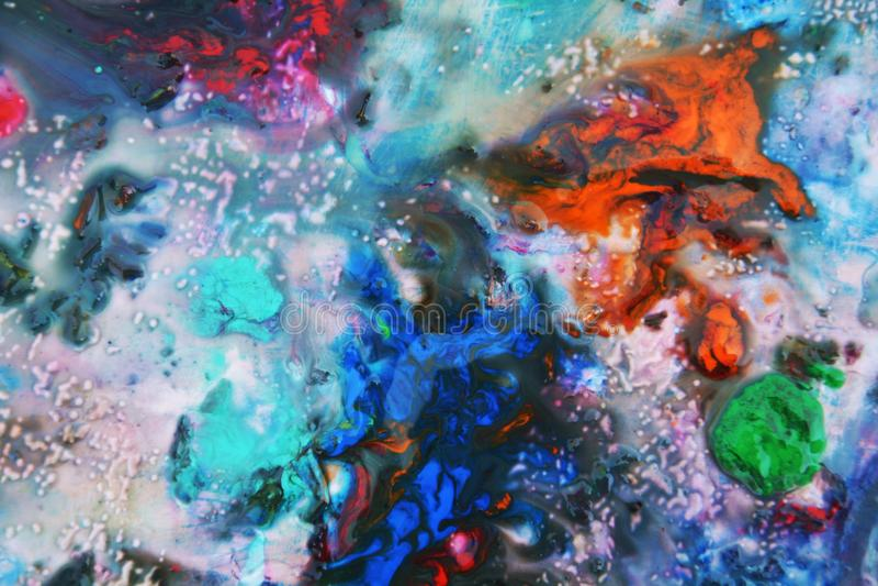 Rosa mörker - apelsinblått målar färger och toner Abstrakta unika blöter målarfärgbakgrund Målningfläckar royaltyfri foto