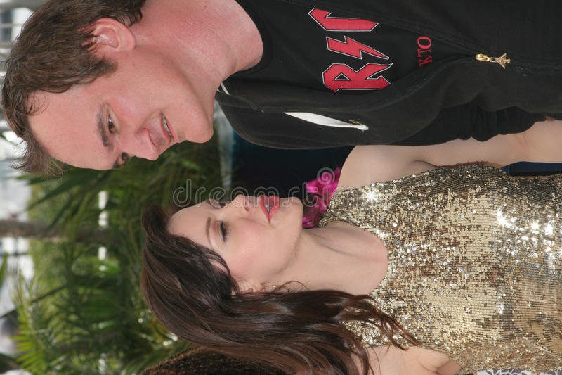 Rosa McGowan e Quentin Tarantino fotografie stock libere da diritti