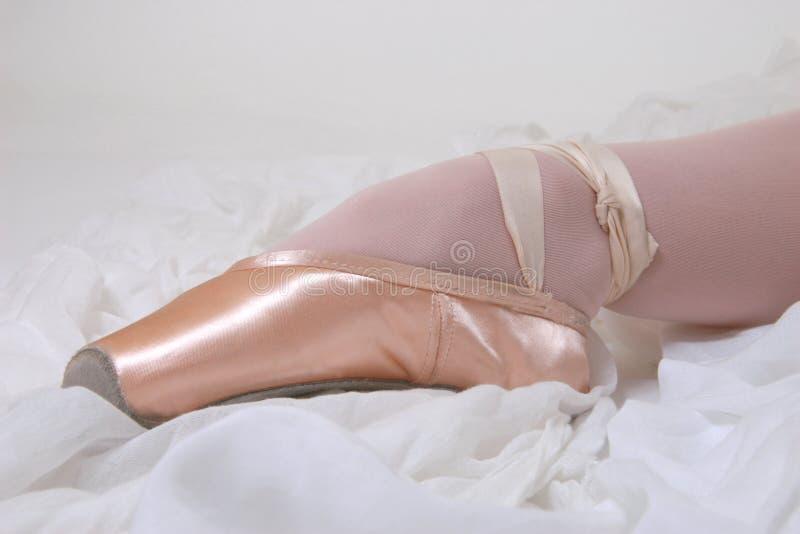 rosa sko för ballerina royaltyfri bild
