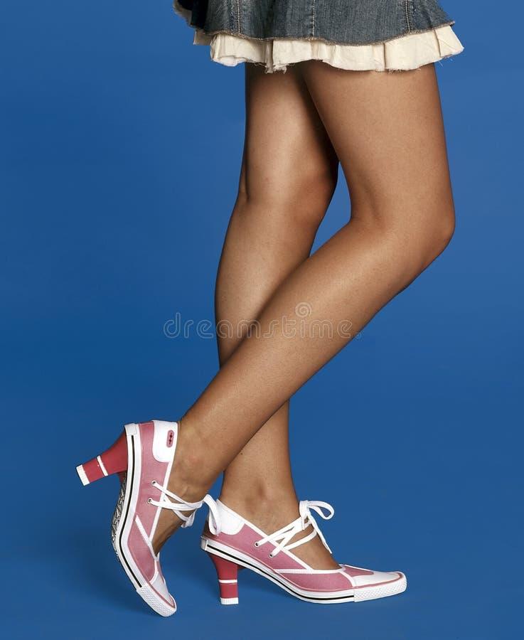 rosa skor arkivfoton