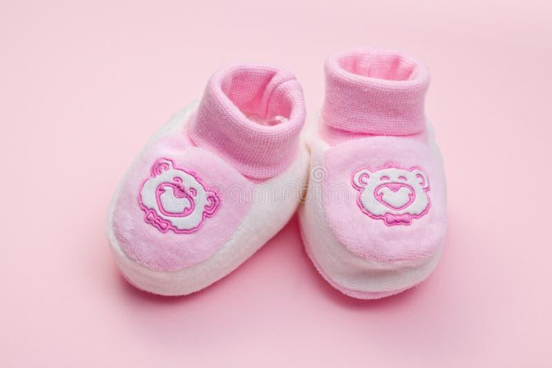 Rosafarbene Babyschuhe lizenzfreies stockfoto