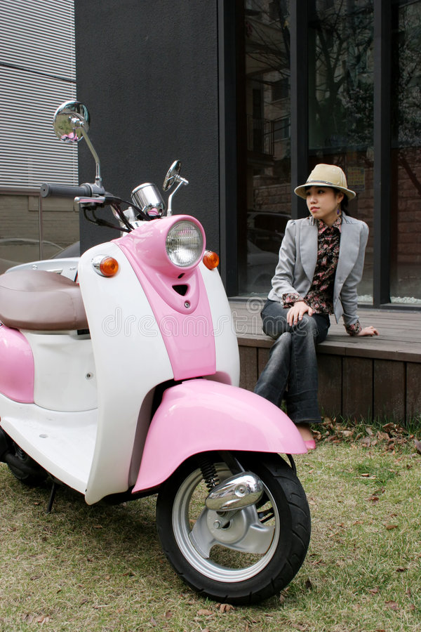 Rosafarbene Räder stockbild