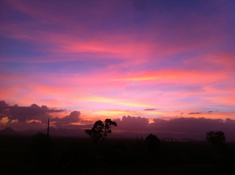 Rosafarbener Himmel lizenzfreies stockfoto