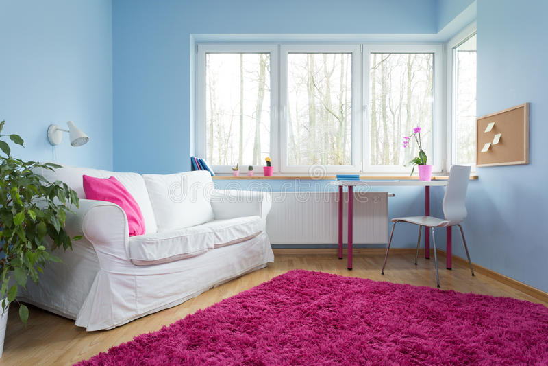 Rosafarbener Teppich des Plüschs lizenzfreies stockfoto