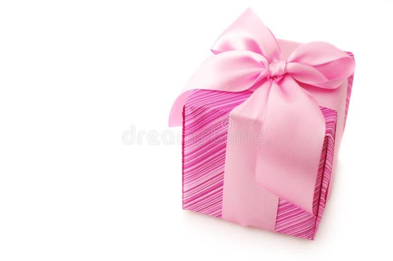 Rosafarbenes Geschenk stockfotos