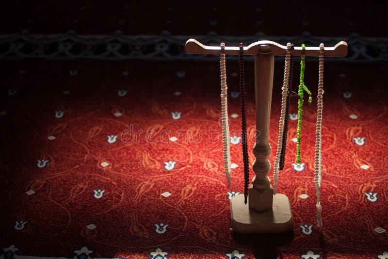 Rosaries σε ένα μουσουλμανικό τέμενος στοκ εικόνες
