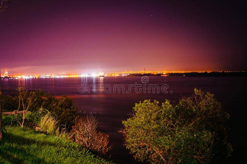 Rosario Victoria Bridge, le fleuve Parana photos stock