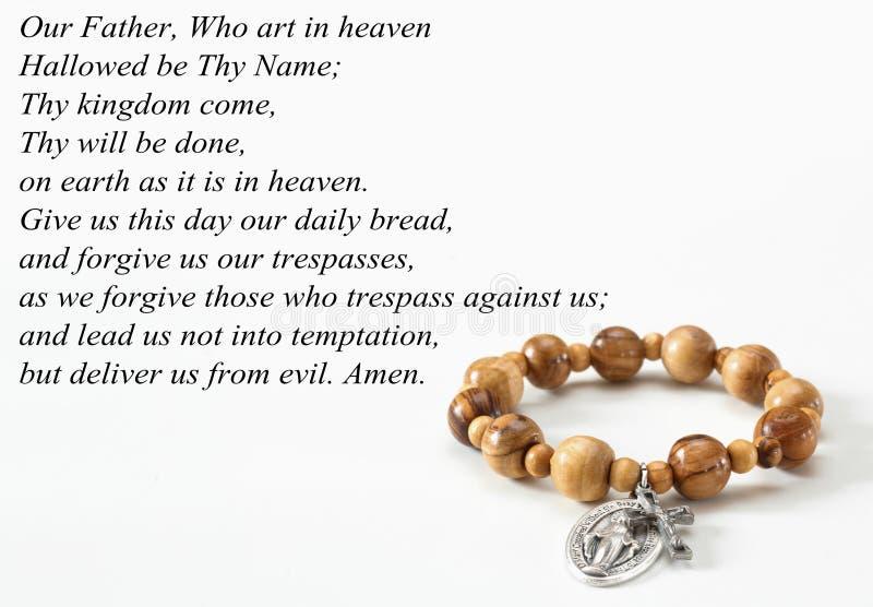 Rosary βραχιόλι ο πατέρας μας στοκ φωτογραφίες με δικαίωμα ελεύθερης χρήσης