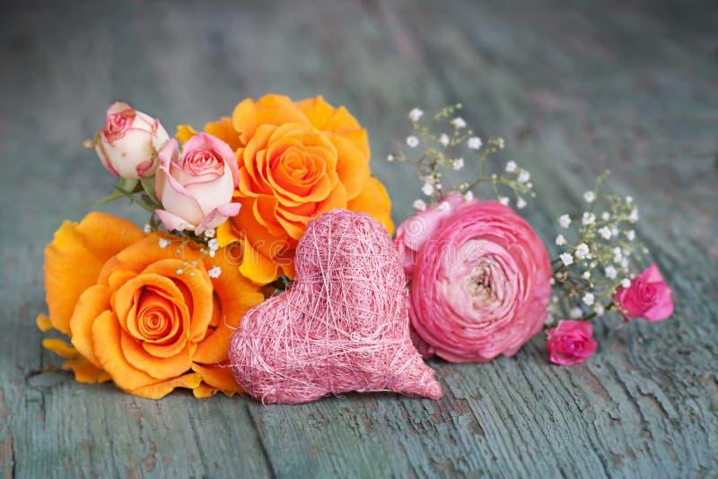 Rosas coloridas para o dia de mães fotos de stock