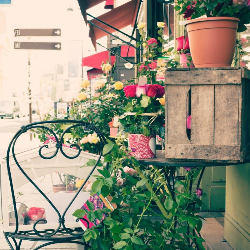 Rosas em Paris fotografia de stock