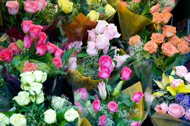 Rosas para la venta imagen de archivo libre de regalías