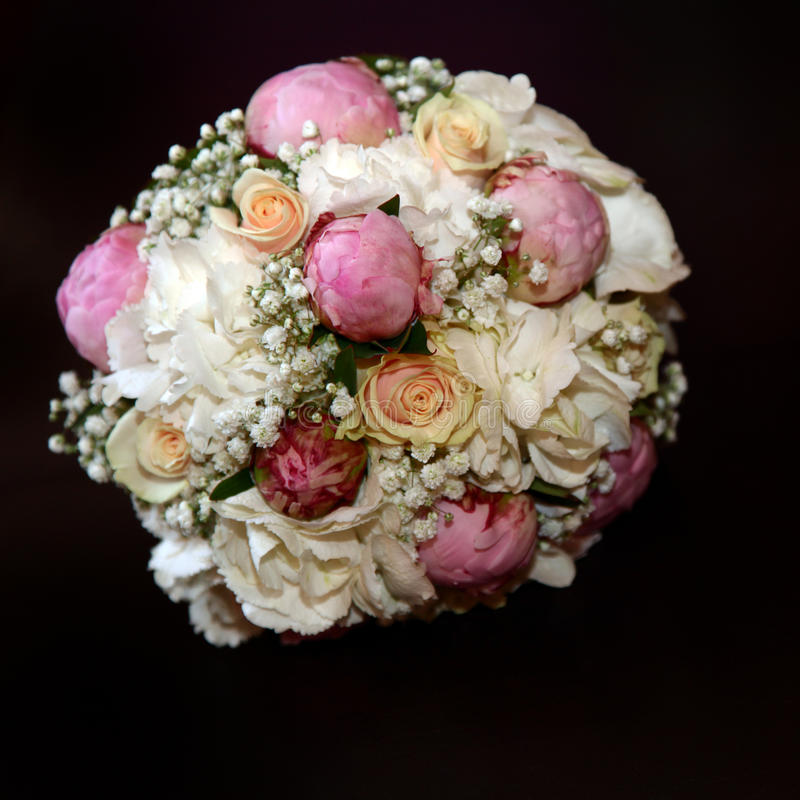 Rose Bouquet with white and pink roses