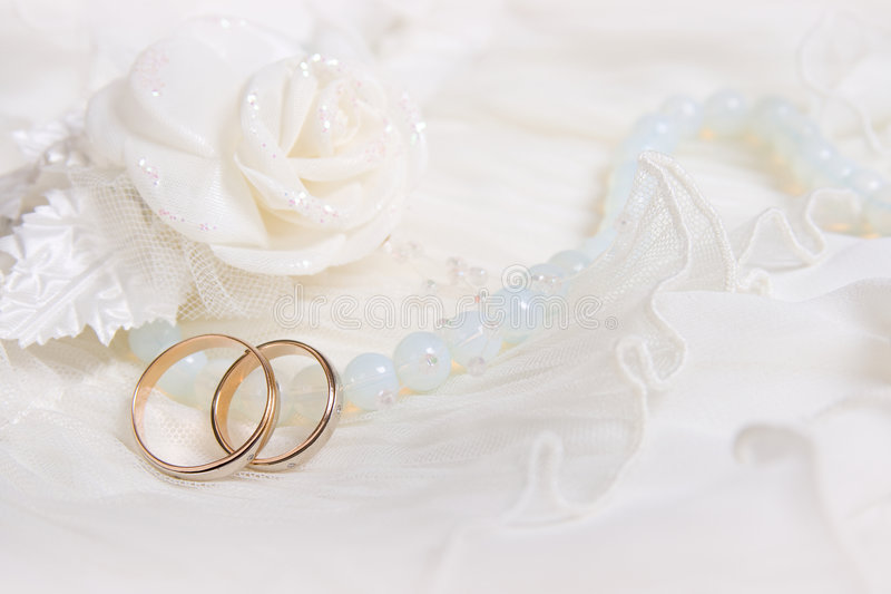 rose bröllopwhite för cirklar arkivbilder