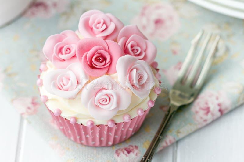 Rose cupcake royalty free stock images