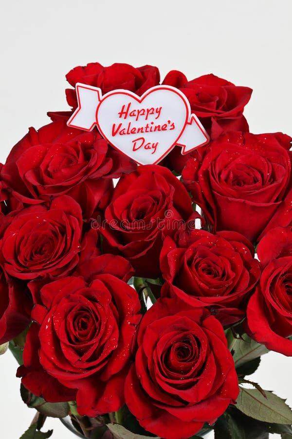 Rose di giorno dei biglietti di S. Valentino immagini stock