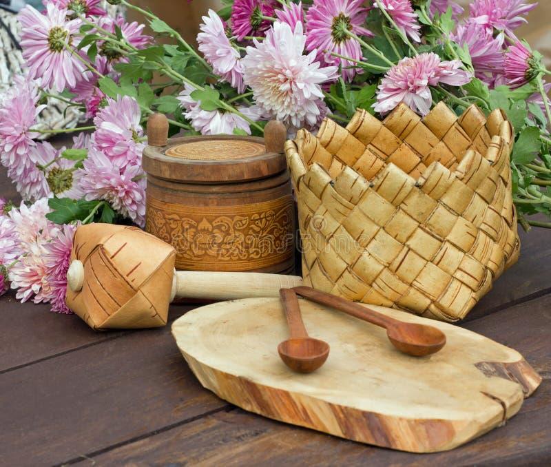Rose et produits de fleurs d'écorce de bouleau photographie stock libre de droits