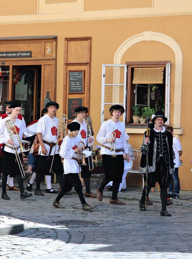 Rose Festival Cinco-petalada em Cesky Krumlov em República Checa imagens de stock