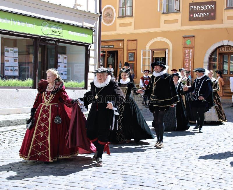 Rose Festival Cinco-petalada em Cesky Krumlov em República Checa foto de stock royalty free