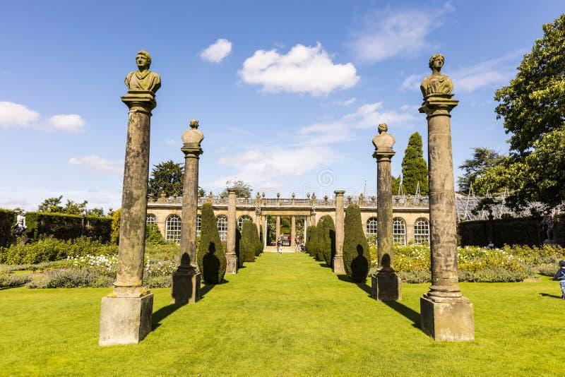Rose Garden en la casa de Chatsworth imagen de archivo libre de regalías