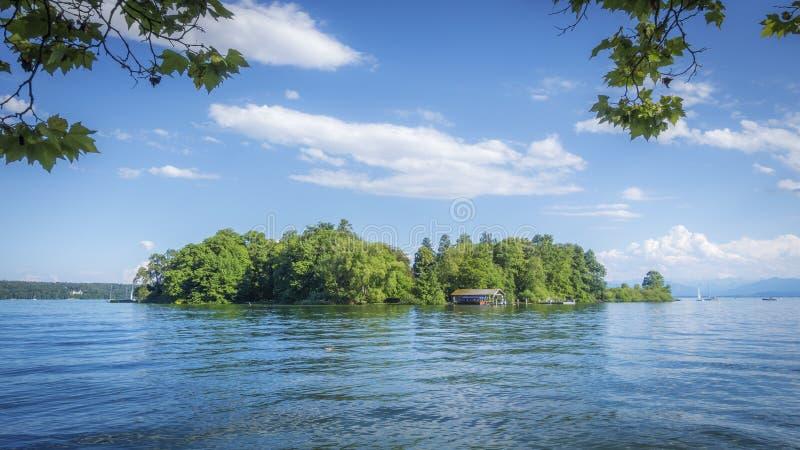 Rose Island Stranberg Lake Bavaria Duitsland royalty-vrije stock fotografie