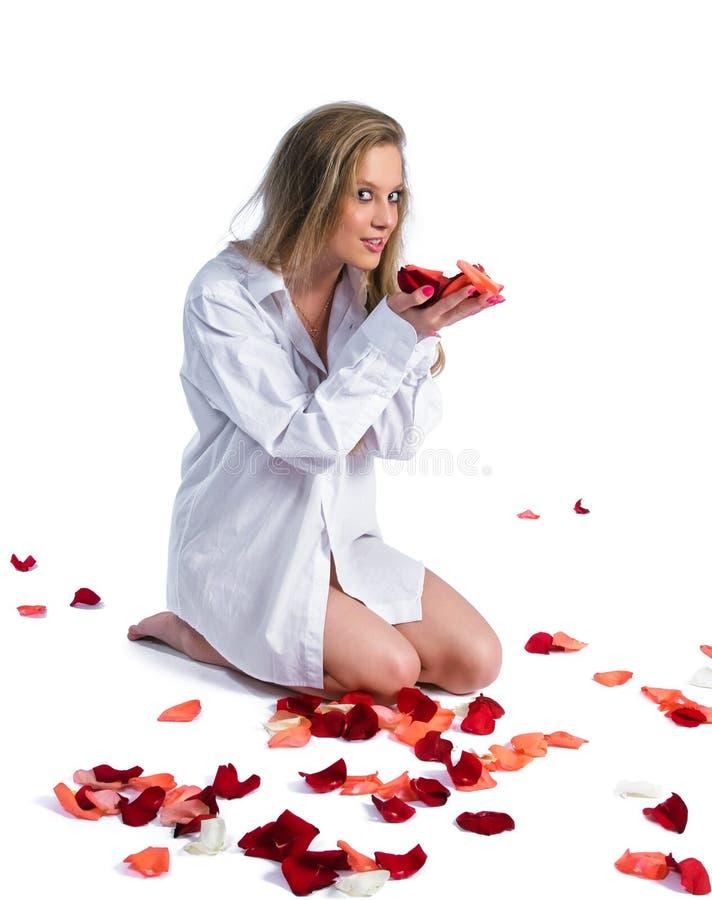 rose kvinna för petal royaltyfri fotografi