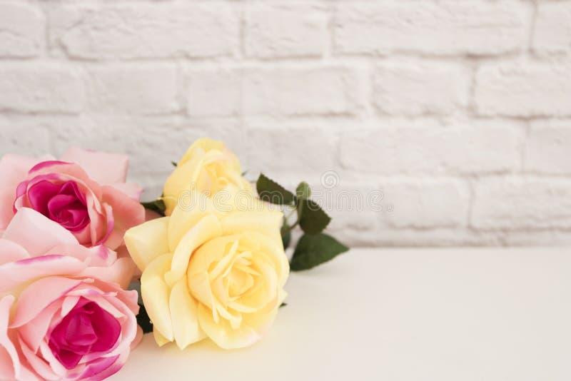 Rose Mock Up rose Photographie courante dénommée Cadre floral, moquerie dénommée de mur  Rose Flower Mockup, Valentine Mothers Da image stock