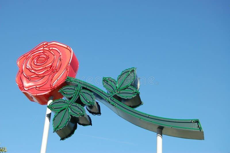 Rose Sign de néon em Portland, Oregon foto de stock