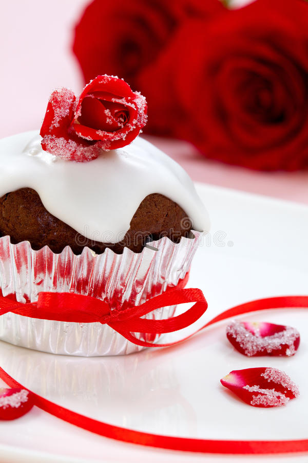 Free Rose Topped Muffin Royalty Free Stock Photos - 17866158
