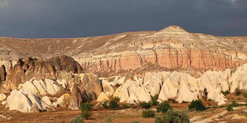 Rose Valley inusual en Cappadocia fotos de archivo libres de regalías