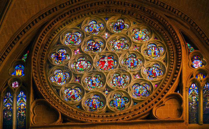 Rose Window Jesus Stained Glass-Kathedrale Toledo Spain stockfotos