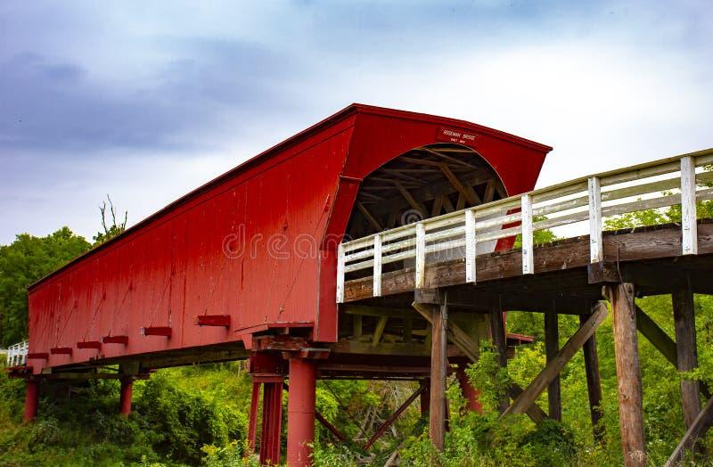 Roseman zakrywał footbridge w Iowa obraz stock