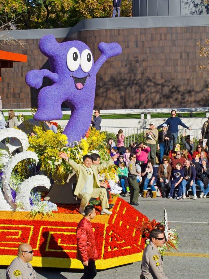 Rosen-Schüssel-Parade-Hin- und Herbewegung 2010, die Jackie Chan kennzeichnet lizenzfreie stockfotos