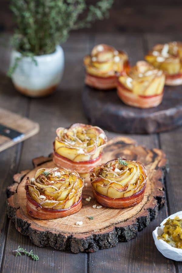 Roses croustillantes de pomme de terre photo stock