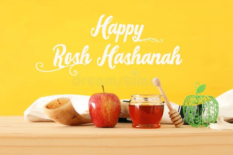 Rosh-hashanah u. x28; jüdisches neues Jahr holiday& x29; Konzept Traditionelle Symbole stockfoto
