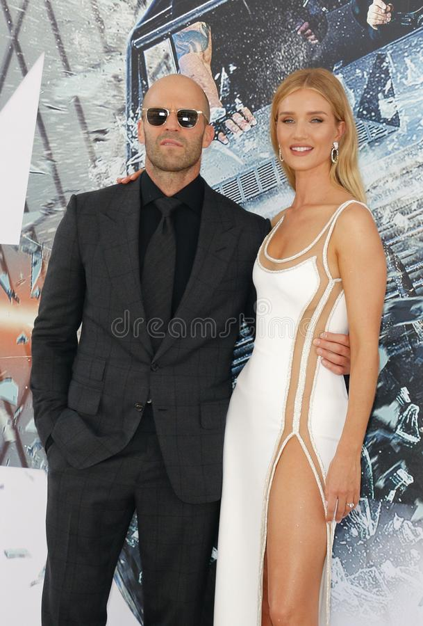Rosie Huntington-Whiteley et Jason Statham photos libres de droits