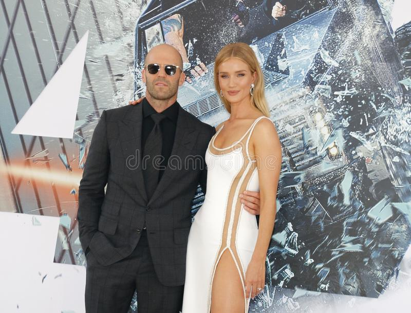 Rosie Huntington-Whiteley et Jason Statham photos stock