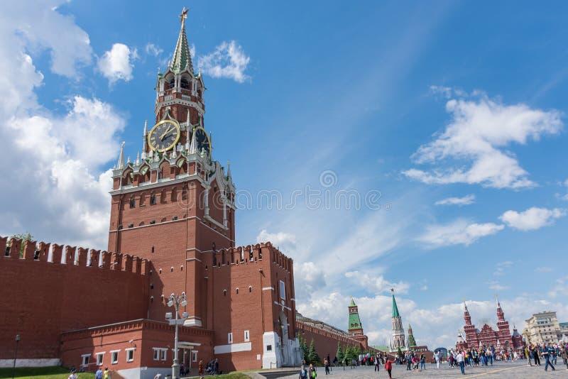 ROSJA, MOSKWA, CZERWIEC 8, 2017: Spasskaya wierza plac czerwony obraz stock