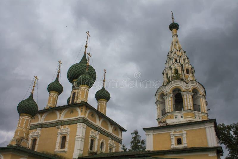 Rosja, Uglich, Czerwiec 27, 2015: Kościół narodzenie jezusa John baptysta w Uglich złocisty pierścionek Russia zdjęcia stock