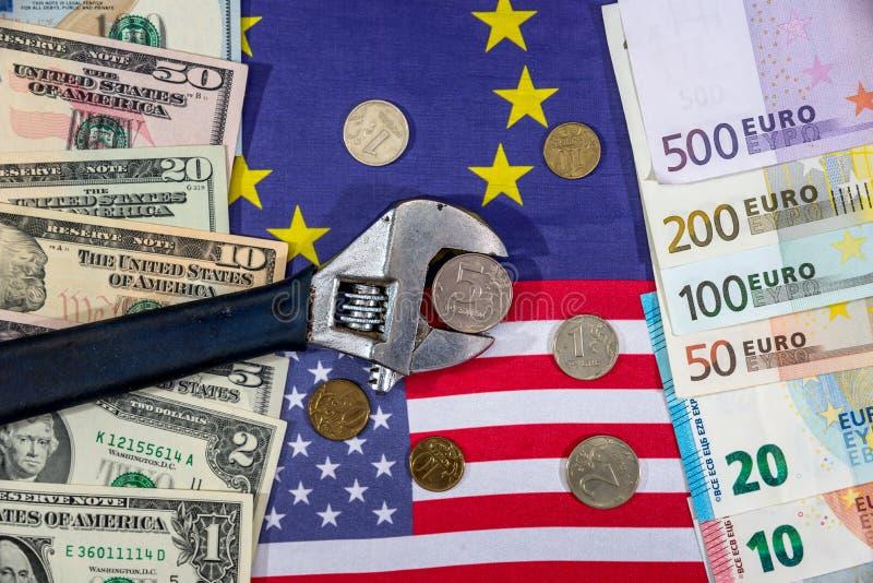 Rosjanin sankcje euro i dolar vs rubel flagi obrazy royalty free