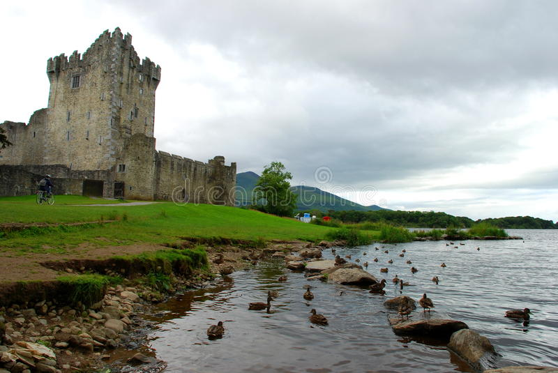 Ross Castle Parc national de Killarney Comté Kerry, Irlande photos stock