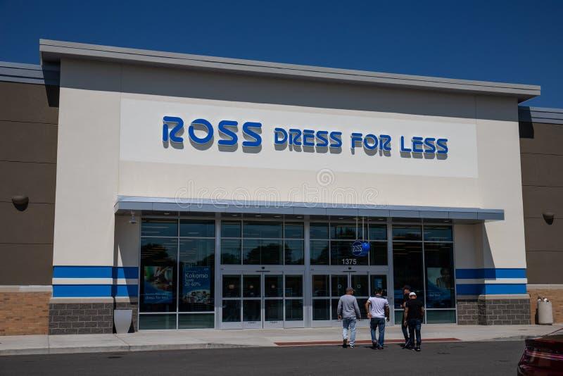 Ross Dress f?r mindre detaljist Ross Stores fortsätter dess aggressiva utvidgning III arkivbilder