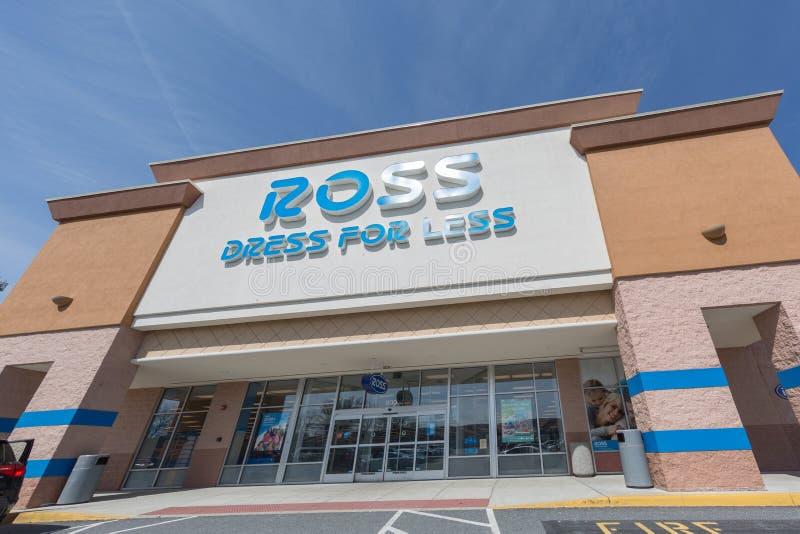 Ross Dress para menos exterior de la tienda imagen de archivo libre de regalías