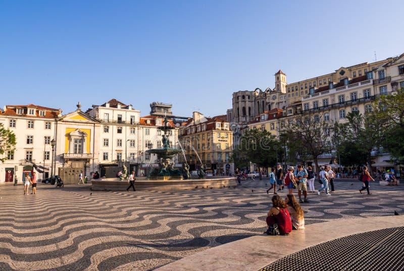 Rossio ο τετραγωνικός Pedro IV τετράγωνο στο dwontown της Λισσαβώνας στοκ εικόνες